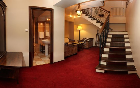 Arc de Triomphe by Residence Hotels: Relaxing Area for Duplex Room