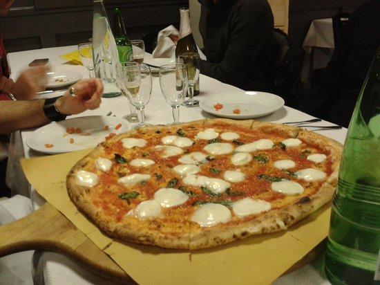 Il Limoncello: Pizza no stop
