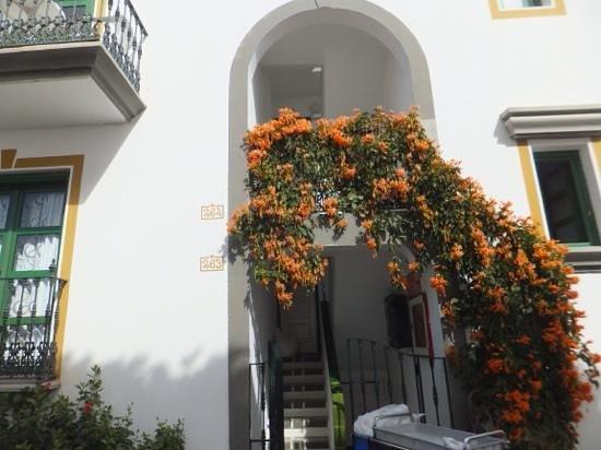 Hotel The Puerto de Mogán: Entrance to apartments
