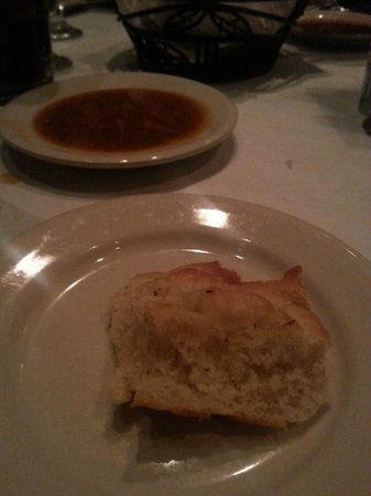 Asiago Tuscan Italian Restaurant : Bread with dipping oil