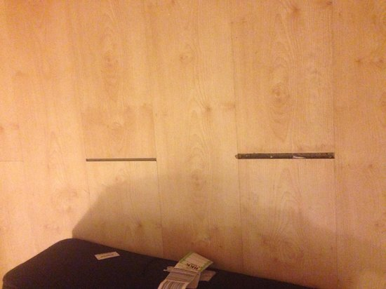 R.S. Hotel : Floor in the room