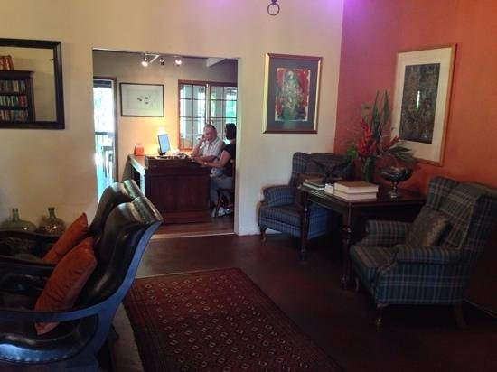 Lidiko Lodge: Nice reception area.