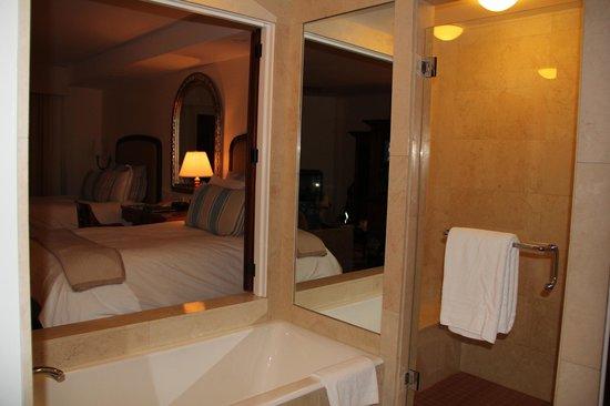 The Ritz-Carlton Bacara, Santa Barbara: junior suite