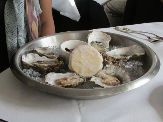 The Cliff Townhouse : Oysters