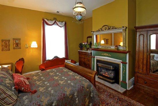 Oakwood Inn Bed And Breakfast Raleigh Nc