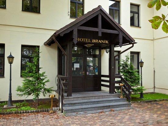 Hotel Branik: Entrance