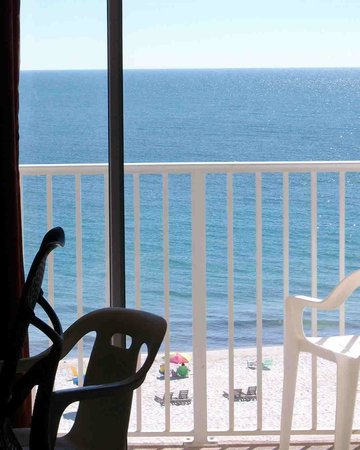 Hampton Inn & Suites Orange Beach: This is a view from inside a 2nd floor room across the balcony to the sugar-white sand beach.
