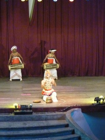 Kandyan Dance Performance: Raban Dance