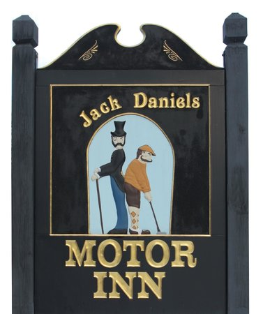 Jack Daniels Motor Inn : Our sign - Jack and Dan!
