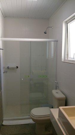 Pousada Aguas Claras Buzios: banheiro