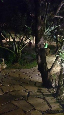 Pousada Aguas Claras Buzios : jardim