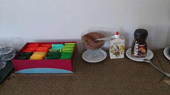 Pousada Aguas Claras Buzios : café da manhã