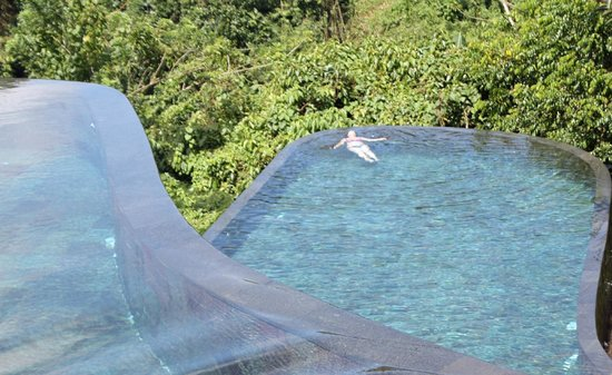 Hanging Gardens of Bali: Infinity im Urwald