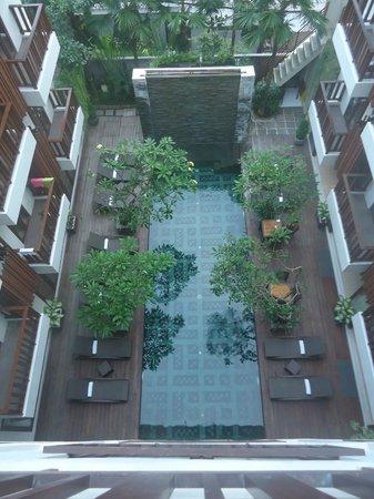 Sense Hotel Seminyak : Pool View