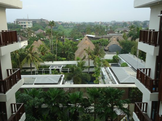 Sense Hotel Seminyak : View towards Canggu.