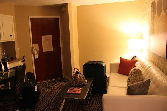 Le Montrose Suite Hotel: Ante-sala da suite