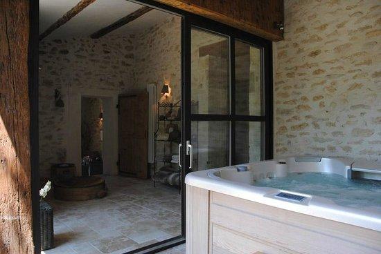 le lavoir du lauzon montsegur sur lauzon fransa oda. Black Bedroom Furniture Sets. Home Design Ideas