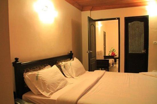 Hotel Emerald Inn: we stayed ths room