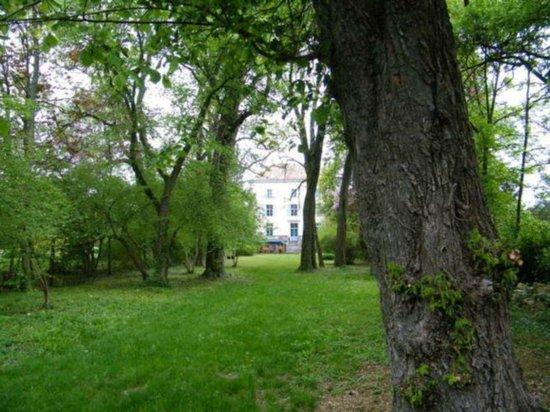 Chateau de la Renommiere : JARDIN