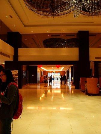 Hatten Hotel Melaka: Lobby area