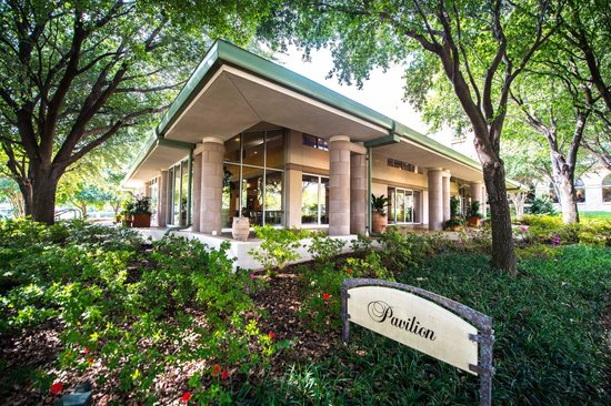 seasons resort and club dallas at las colinas pavilion banquet space