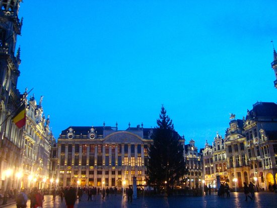 Gran Plaza (Grand Place) de noche - Enero 2014