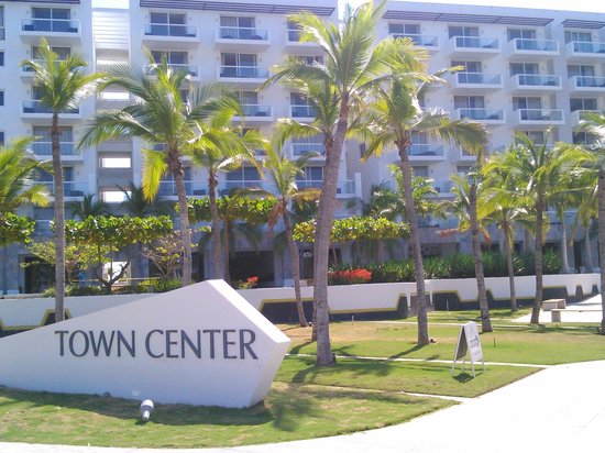 Hotel Playa Blanca Beach Resort: towercenter suites