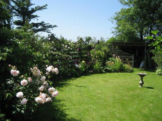 West Point B&B: Our Beautiful Garden