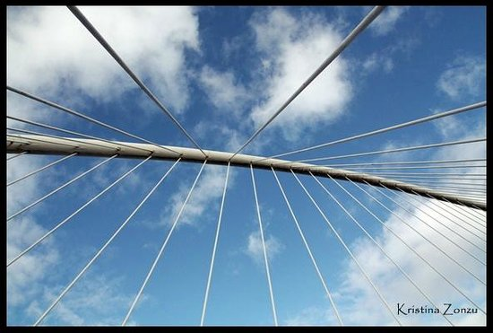 Puente Zubi Zuri: Lo que tenemos encima cuando cruzamos