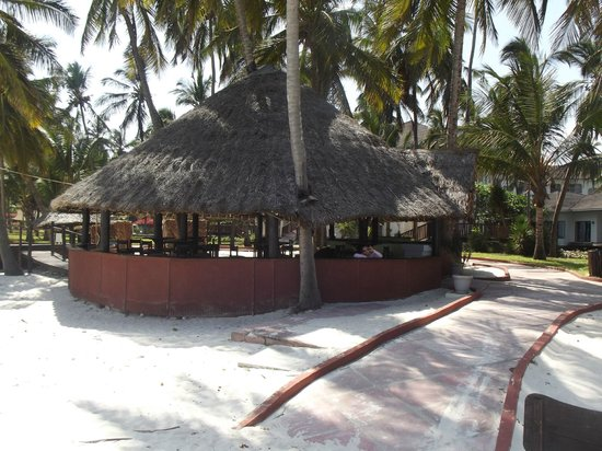 Diani Reef Beach Resort & Spa : beach area