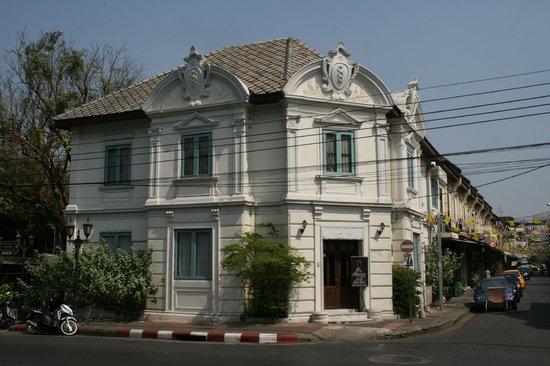 The Asadang: Hotel building