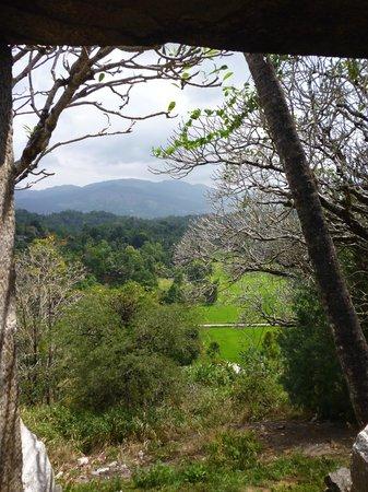 Lankatilaka Temple: Serene view from the summit