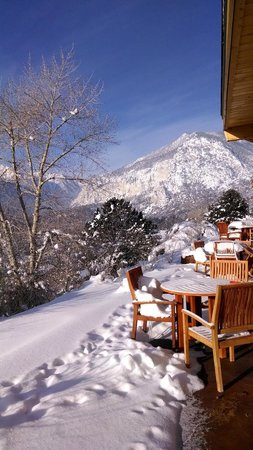 Mount Princeton Hot Springs Resort: Morning view from Cliffside
