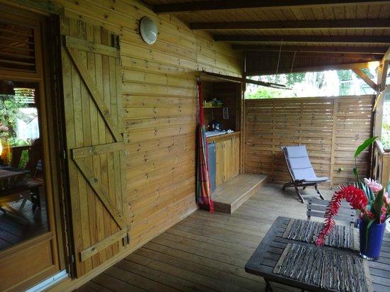 Au jardin des colibris : case créole, la terrasse