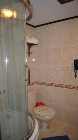 Thuy Duong 3 Hotel : salle de bain