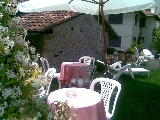 Terrazza Giardino Al Secondo Piano Picture Of Hotel Eden Baveno