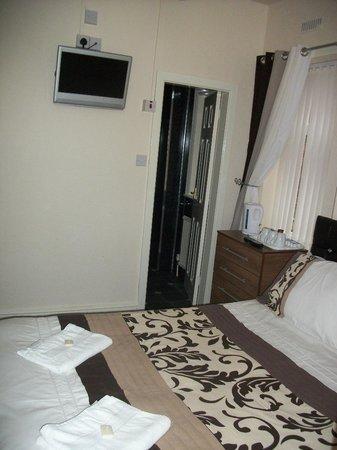 Ascot Guest House: room no 6