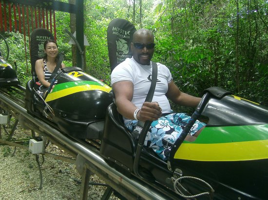 Rainforest Adventures Jamaica : 10 seconds later, wifey was screaming for her life, lol