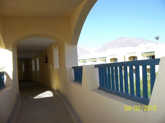 The Bay View Resort Taba Heights: возле номера