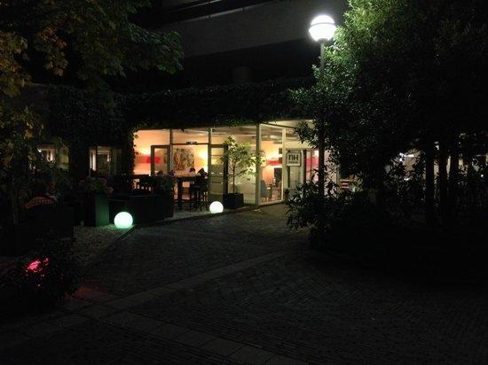 Amsterdam Tropen Hotel: The Garden