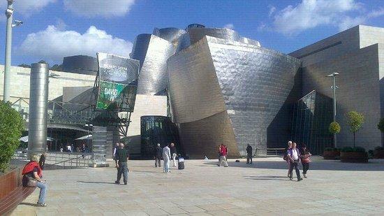 Guggenheim-Museum Bilbao: Entrada Guggenheim Bilbao