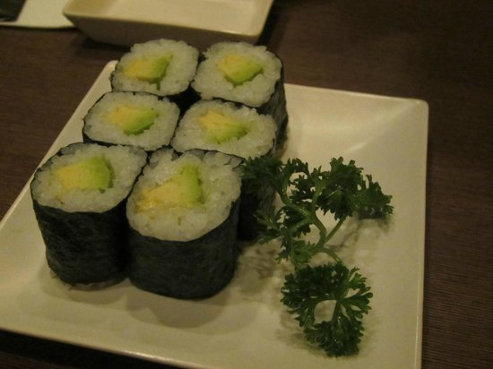 Otaru Sushi Japanese Restaurant: Avocado maki