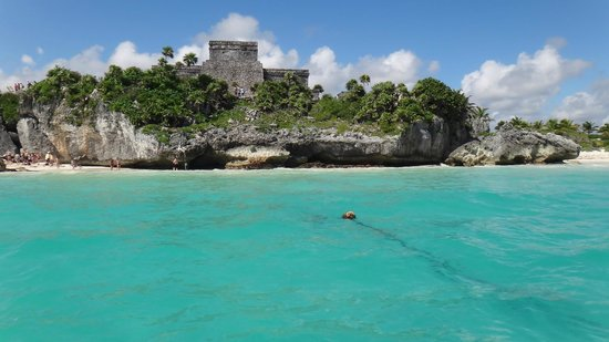 Riviera Adventours: View of Tulum Ruins from the Carribean