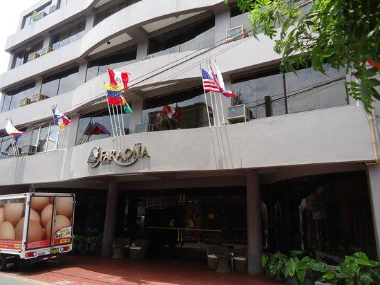 Faraona Grand Hotel : Frente del hotel