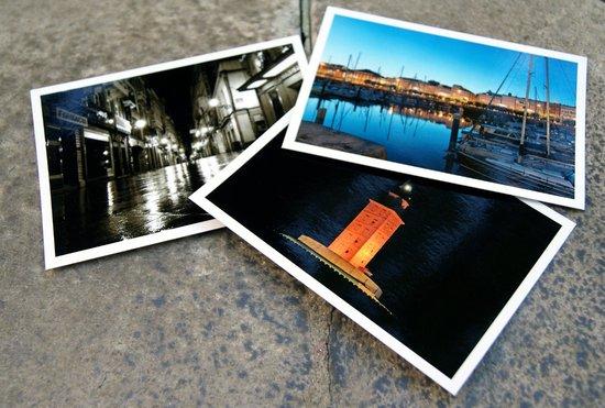 Totem: Postales turísticas actuales creadas por fotógrafos locales