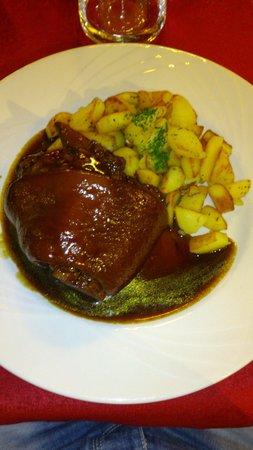Winstub S'kaechele : Jaret de porc sauce pinot noir