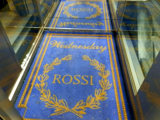 Rossi Boutique Hotel & SPA: No need for a calendar - just step into the elevator!