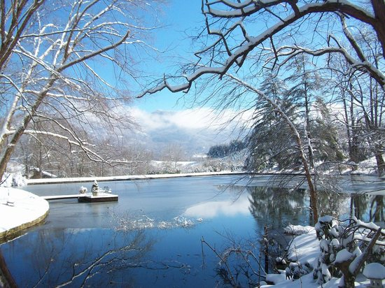 Large Pond In Winter Picture Of Boyd Mountain Log Cabins