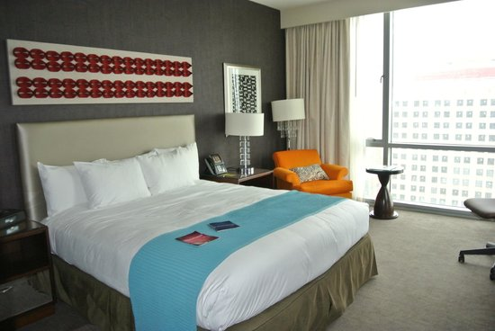 theWit - A DoubleTree by Hilton: Comfy bed!