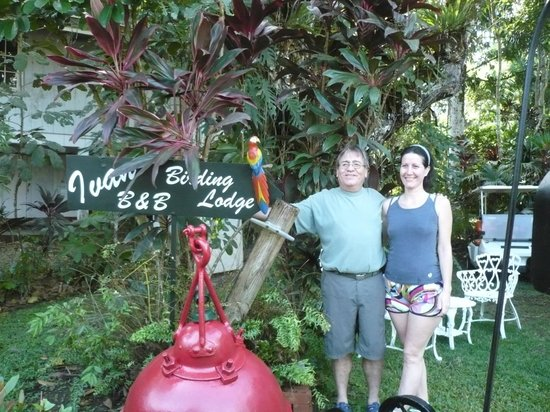 Ivan's Bed & Breakfast Birding Lodge: Ivan & Gladys, the lodge couple